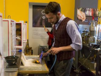 Lavorazione gioiello Gear People